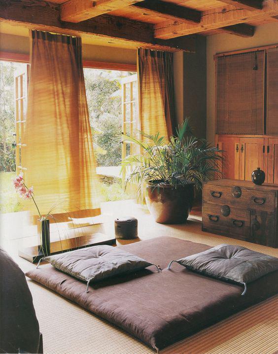 spazio per yoga in casa