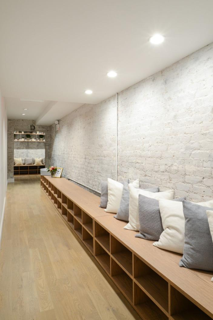 ingresso corridoio yoga studio