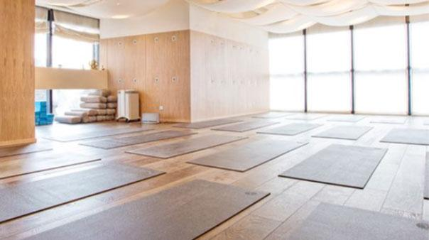 yoga studio acustica